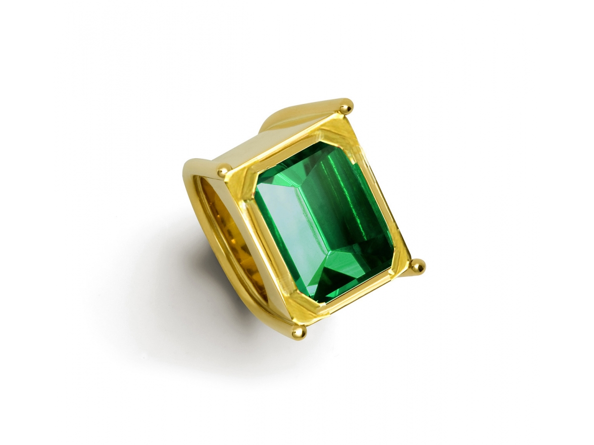 Ring 22 Karat Gelbgold 46,6 g, Turmalin 17,92 ct